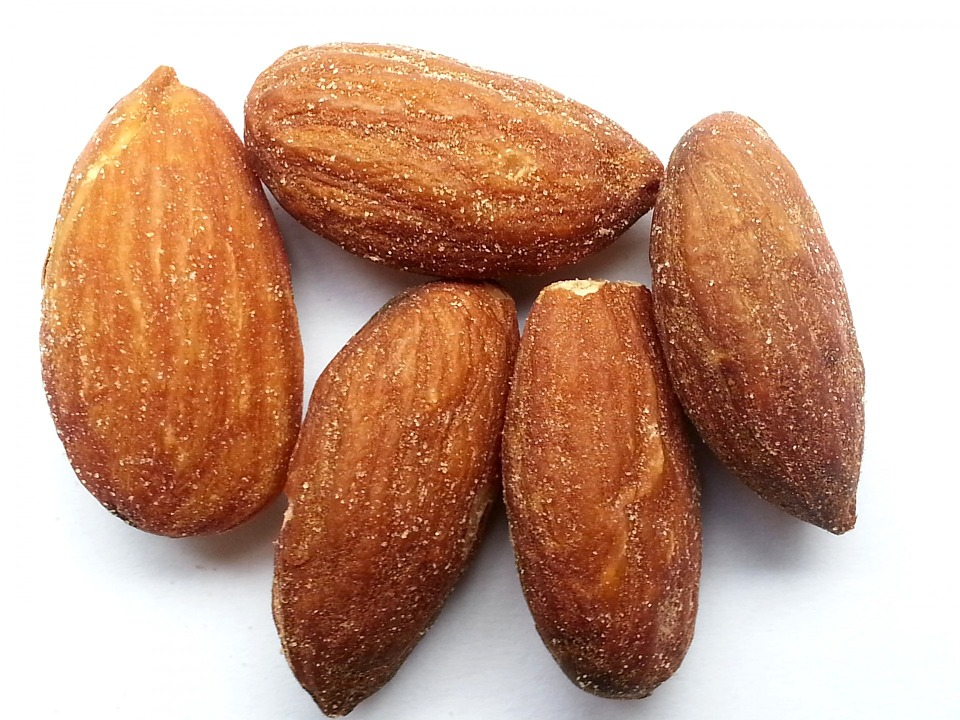 Almonds the Ketogenic food