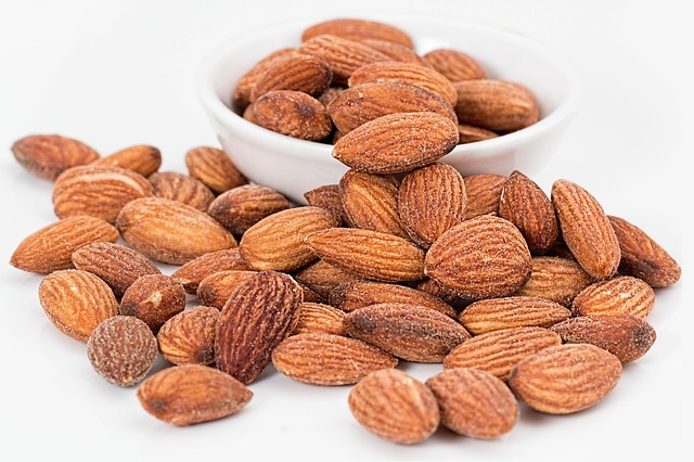 almonds helps to make bones strong