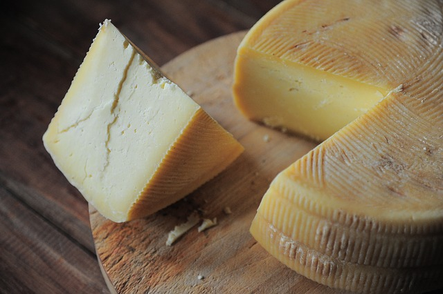 cheese Ketogenic food