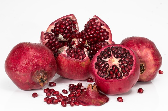 Pomegranate the best healthy vegan food