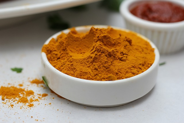 Turmeric helps to overcome hyperthyroidism